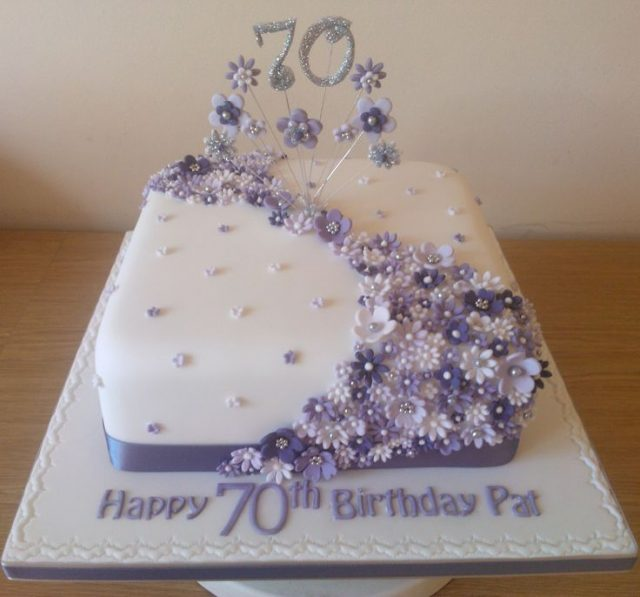 Birthday Cakes for Girls and Women – lilac flower