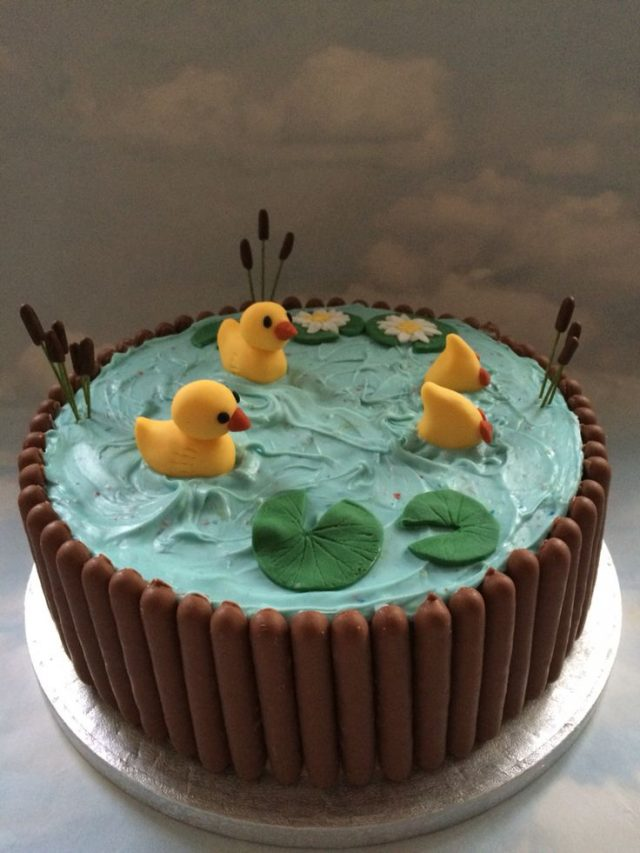 Ducky birthday cake