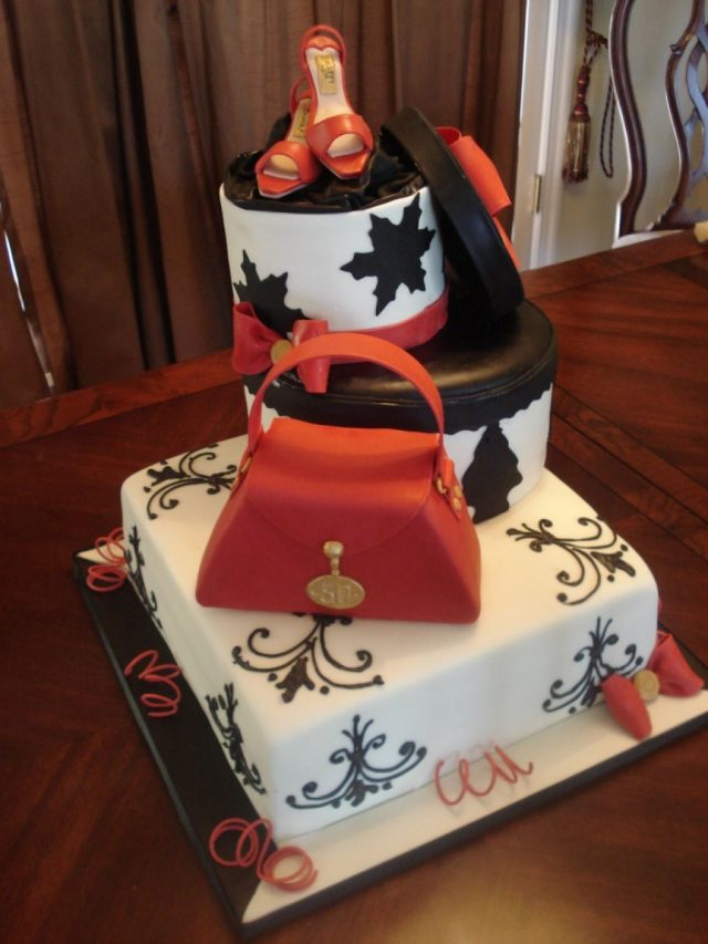Fashionable Birthday Cakes For Girls And Women