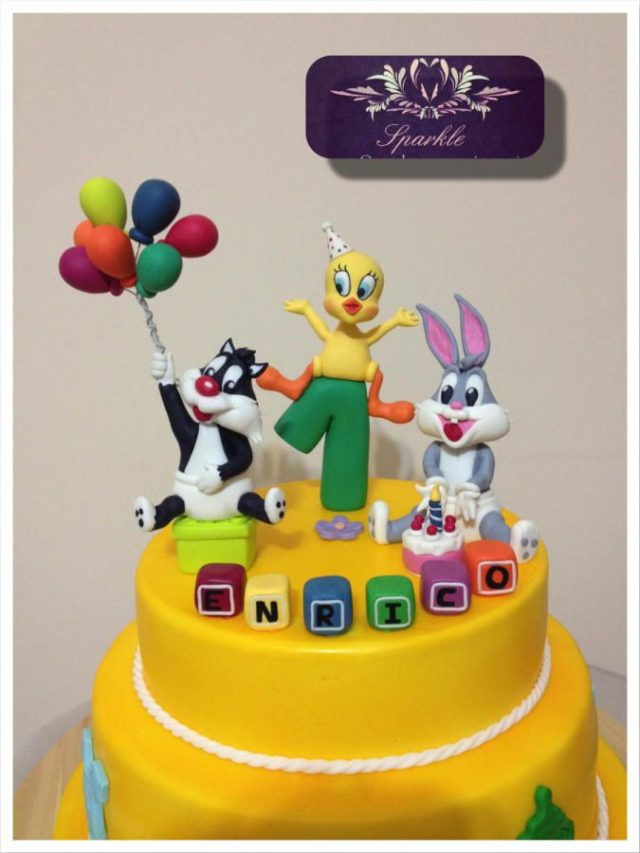 Looney Tunes birthday cake ideas