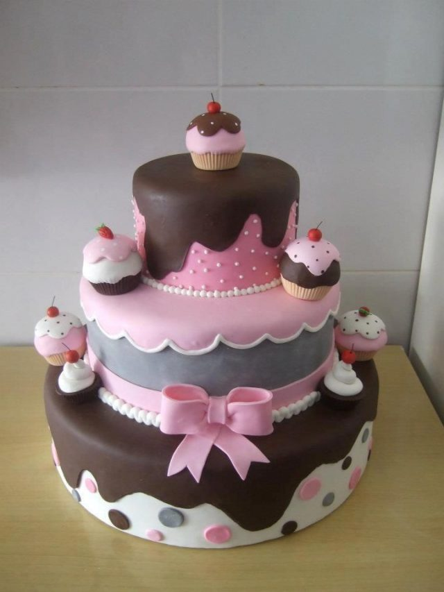 cupcake Birthday Cakes for Girls and Women