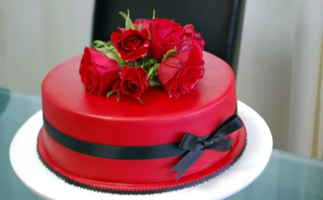 romantic Birthday Cakes for Girls and Women